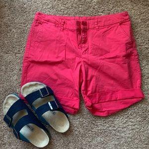 Gap Nantucket Red Khaki Shorts // Size 6